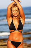 Black Stringy Bikini - Sexy Wet Haired Blond - Ocean Wave Rock Background — Foto de Stock