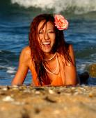 Playboy Model Angela Storms Laughing on the Beach — Stock Photo