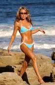 Бикини стрелять - бикини модель Аманда Brazee — Стоковое фото