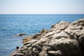 Mar, tierra y piedras — Foto de Stock