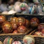 Christmas ornaments on the Christmas tree — Stock Photo #61208525