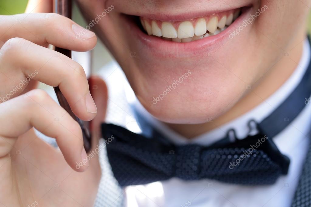Картинки красивых мужчин на телефон