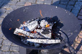 Round brazier with glowing coals — Stock Photo