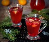 Winter beverage with cranberries  — Stock Photo