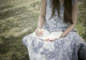 Young girl writing into her diary — Стоковое фото
