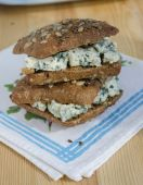 Sandwich with cheese Roquefort — Stock Photo