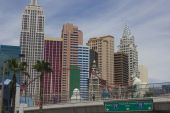 Las Vegas Strip, with all its modern building in a sunny day — Stock Photo