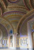 The magnificent Peacock Room inside the Sammezzano abandoned Castle — Stock Photo