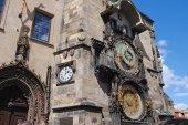Astronomische klok in Praag de centrale plein — Stockfoto