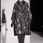 ������, ������: A model walks on the SLAVA ZAITSEV catwalk