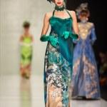 A model walks on theSLAVA ZAITSEV catwalk — Stock Photo #72168217