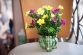 Plastic flower in vase — Stock Photo