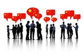 Geschäftsleute, die über china diskutieren — Stockfoto