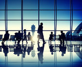 Business people at the airport — Stock Photo