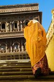 Hindu lady in Mehrangarh Fort — Stock Photo