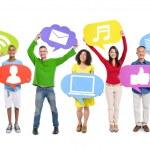 People holding Social Media icons — Foto de Stock   #52469859