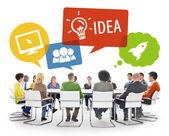 Diverse geschäftsleute brainstorming — Stockfoto