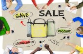 People Discussing About Sale — 图库照片
