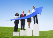 Business People Holding Arrow — Stock Photo