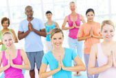 Group Of Happy Multi-Ethnic People In A Yoga Class — Stock Photo