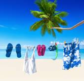 Clothesline on tropical beach — Stock fotografie