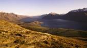 Lake Wakatipu and mountain range — Stock Photo