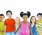 Kids holding hand — Stock Photo