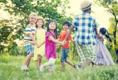 Children playing in the park — Stock Photo
