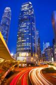 Traffic in Hong Kong's business district — Stock Photo