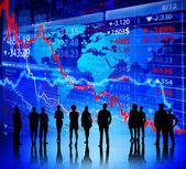 Business people and Global Exchange — Stock Photo