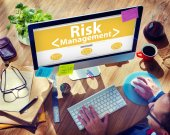 Computer with Risk Management Concept — Stock Photo