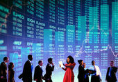 Business People and Stock Market Concept — Stock Photo