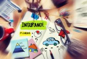 Note with Insurance Concepts — Stock Photo