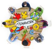 Notions de peuple et travail d'équipe — Photo