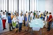 Grupo de encontro de pessoas no escritório — Fotografia Stock