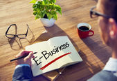 Businessman Writing E-Business — 图库照片
