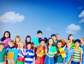 Group of school children — Stockfoto