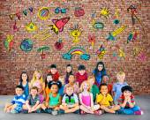 Group of Multiethnic children with friendship signs — Stock Photo