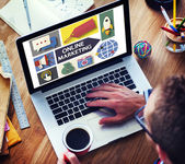 Online Marketing Branding Global Communication Analysing Concept — 图库照片