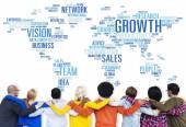 Affärsmän med tillväxt koncept — Stockfoto