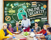 People discussing about Online Security — Stock Photo
