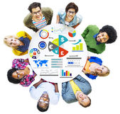 Group of people and Global Finance Business Economy — Stock Photo