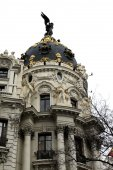 Metropolitan building (Madrid) — Stock Photo