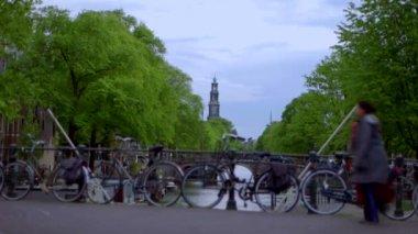 Pedestrian crossing bridge across canal — Stock Video