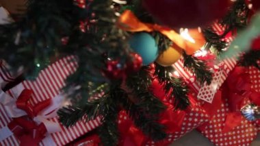 Decorations on christmas tree — Stock Video