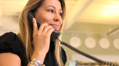 Businesswoman answering phone call — Stock Video