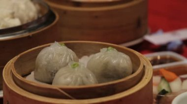 Dim sum in chinese restaurant — Stock Video