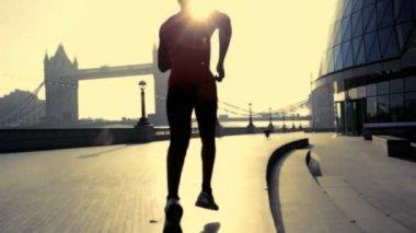 Runner on steps City hall London — Stock Video