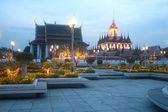 Scenic of twilight at Wat Rat Natda Ram Worawihan Monastery. — Stock Photo
