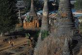 Inle Gölü, Myanmar yakınındaki antik pagodadan Üstten Görünüm. — Stok fotoğraf